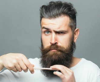 como recortar la barba de forma profesional