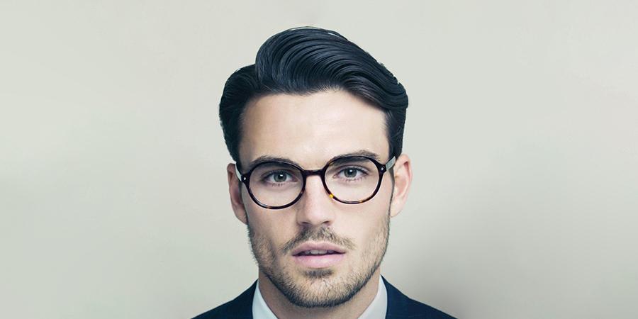 peinados-pelo-medio-hombre